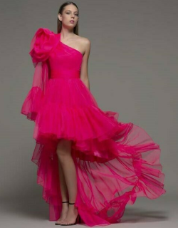 Isabel Sanchis Arnesano High Low Gown