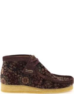 CLARKS WALLABEE VELVET LACE-UP BOOTS 6,5 Red, Purple
