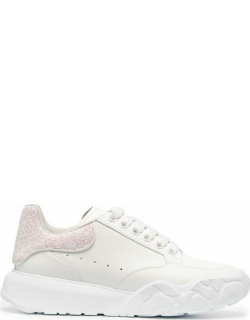 White Court sneakers