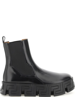 VERSACE CHELSEA BOOT WITH GREEK SOLE 40 Black Leather