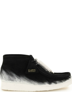 CLARKS PAINTED WALLABEE LACE-UP BOOTS 9 Black, White Leather